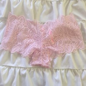 NEW w/out tags PINK lace boyshorts